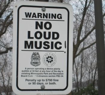 no_loud_music.jpg